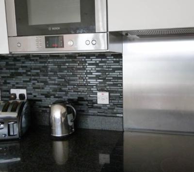 Self Adhesive Kitchen Bathroom Wall Tiles B And Q