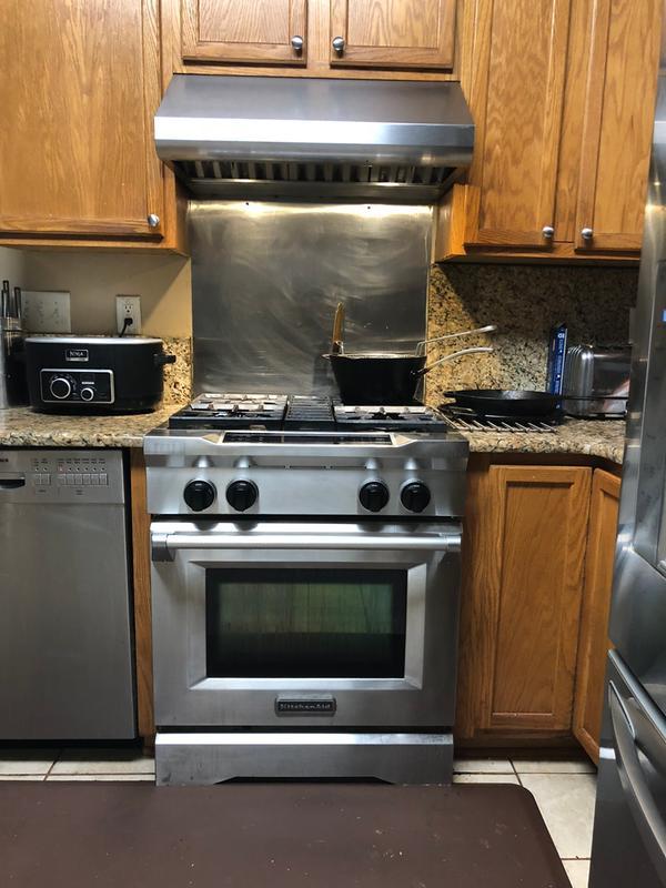 Cuisinière au gaz et électrique de style commercial KitchenAid ...