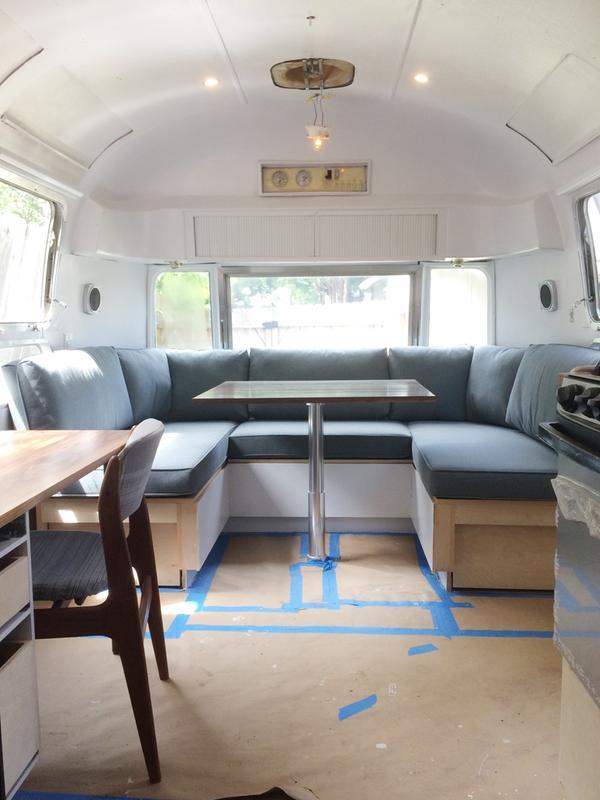 Airstream Banquette