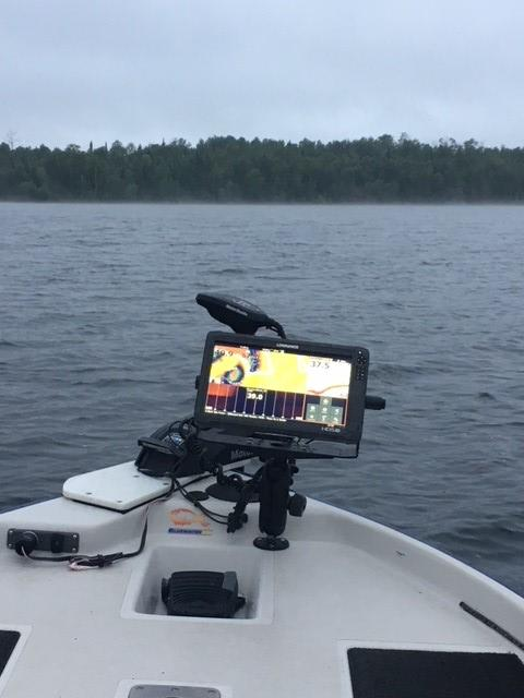 HDS-16 Carbon With Totalscan Transducer | Chartplotter Combo