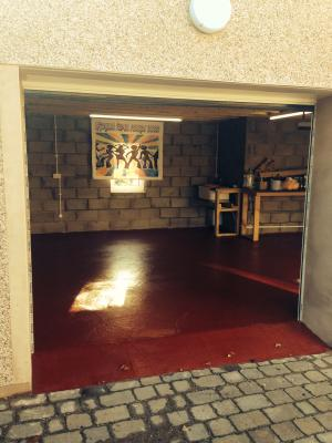 Leyland Heavy Duty Floor Paint Tile Red Ltr