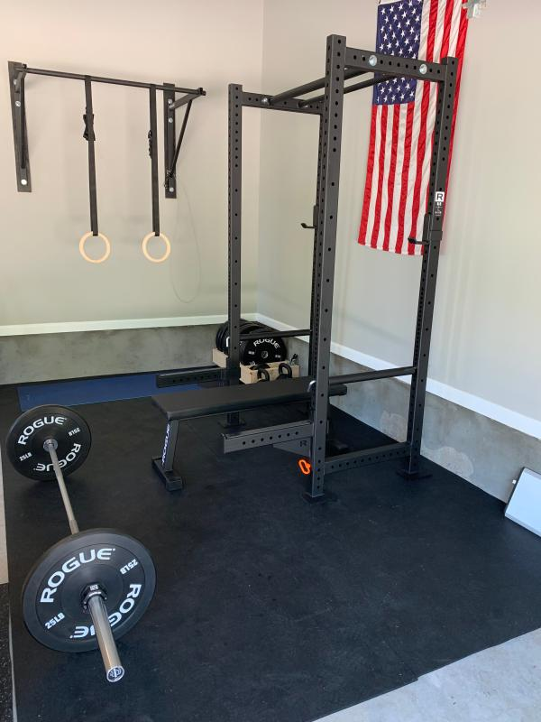 Rogue r power rack weight training crossfit rogue fitness