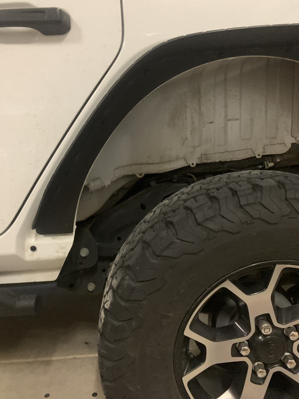 Fenders don't cover all the way down leaves a hole exposed