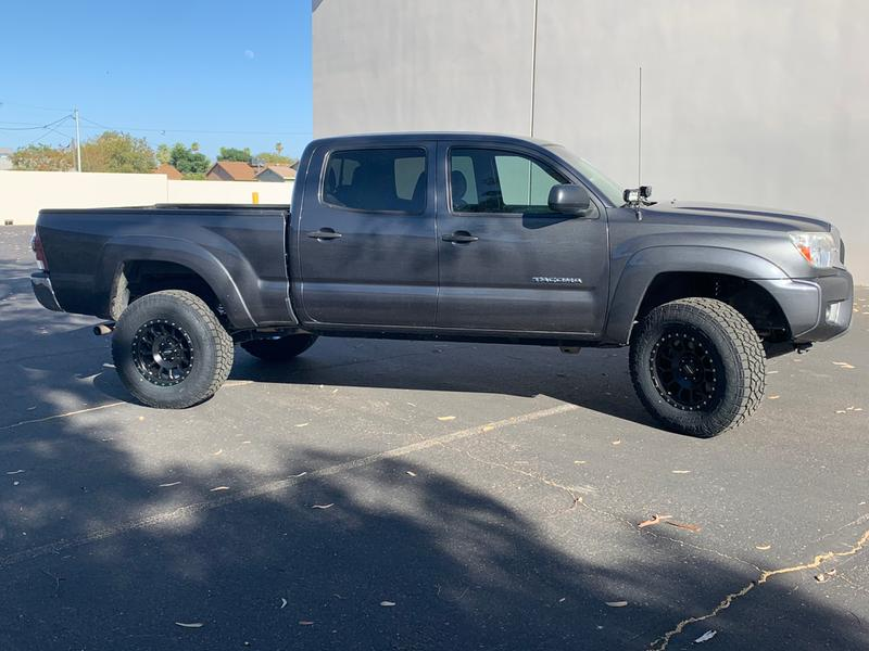 17x8.5 with 285 70 17 Toyo Open Country AT3