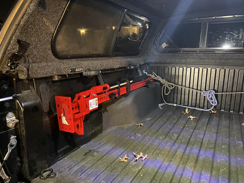 Installed in Tacoma short bed with Jeep gladiator mount