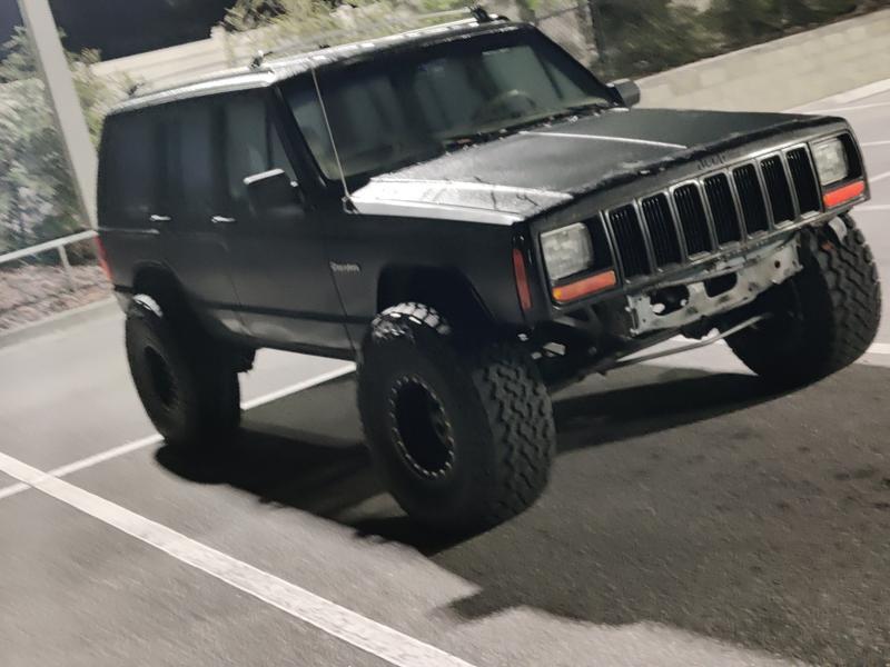 92 Jeep xj 33x12.50r15 with a 15x10 procom 252 wheel