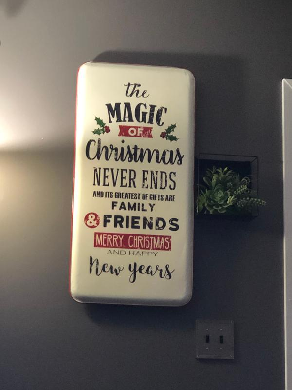 The Magic of Christmas Sign   Country Door