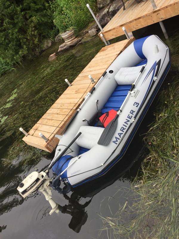 Intex® Mariner 3 Boat Set