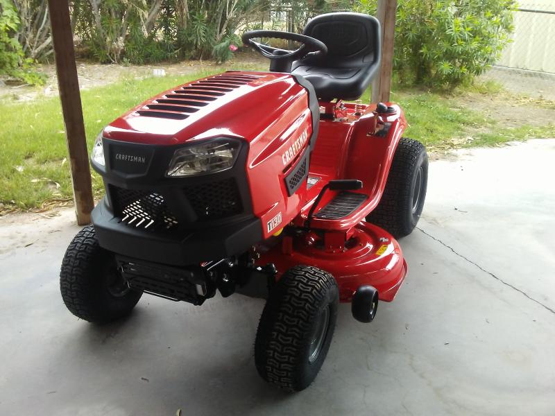T130 42-in  18 5 HP* Automatic Riding Mower - CMXGRAM1130038