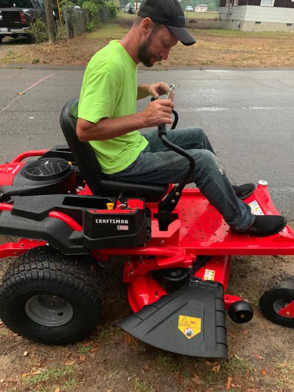 Z550 50-in  23 0 HP* Zero-Turn Riding Mower - CMXGNAM1130051