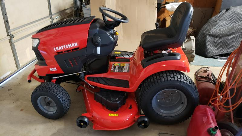 T310 54-in  24 0 HP* Hydrostatic Riding Mower with Turn