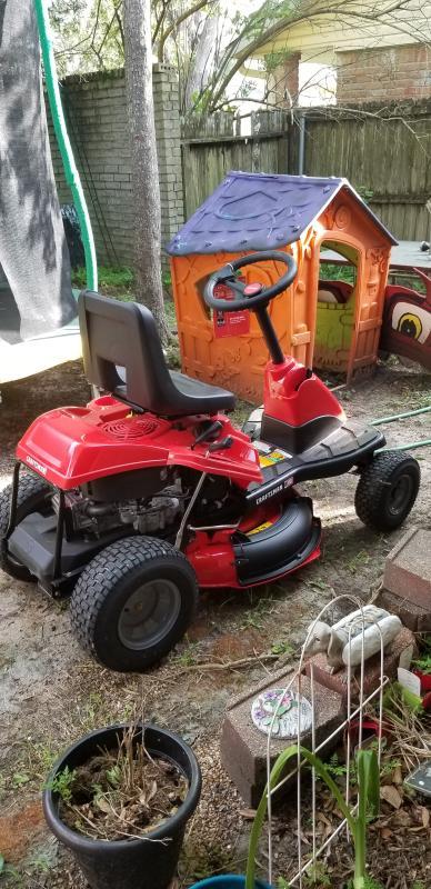 R110 30-in Gear Drive 10 5 HP Mini Rider with Mulch Kit