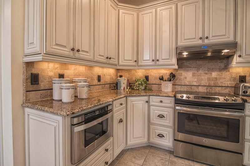 Woodmark Cabinets Reviews