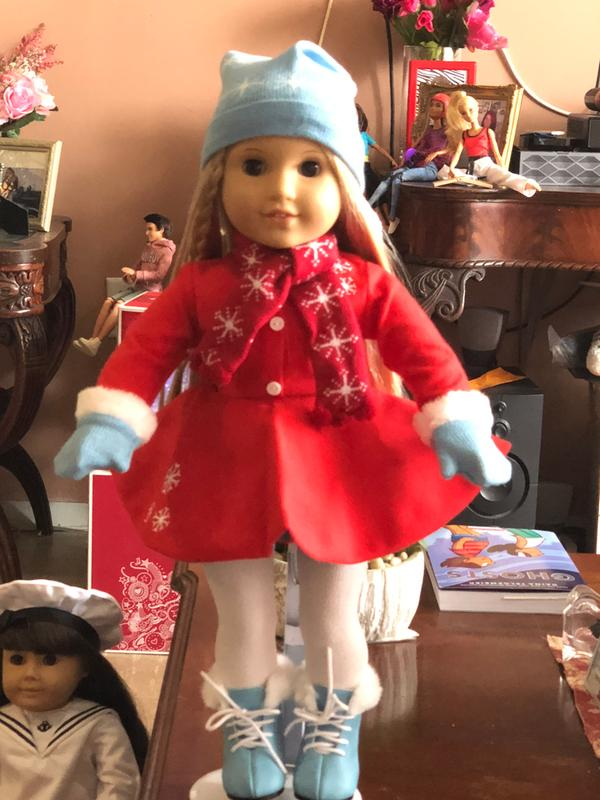 American Girl Maryellen Red Ice skating accessories~hat~scarf~mittens