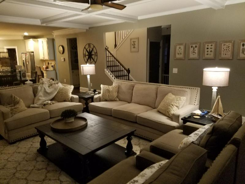 Awesome Cloverfield Loveseat Ashley Furniture Homestore Ibusinesslaw Wood Chair Design Ideas Ibusinesslaworg