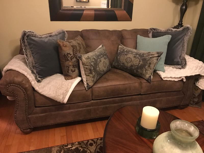 Larkinhurst Sofa | Ashley Furniture HomeStore