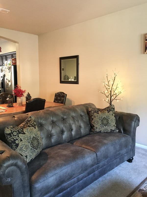 Hartigan Sofa | Ashley Furniture HomeStore