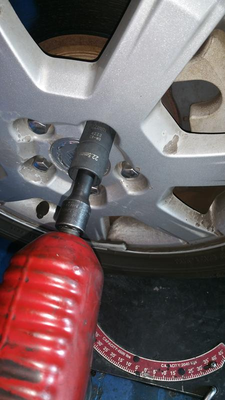 TEMO ABC7//19PT Wheel Lock Lugnut Anti-Theft Lug Nut Screw Removal Key Socket S3057 for VW Audi