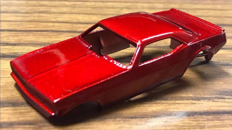 Duplicolor Red Metalcast Paint 11oz