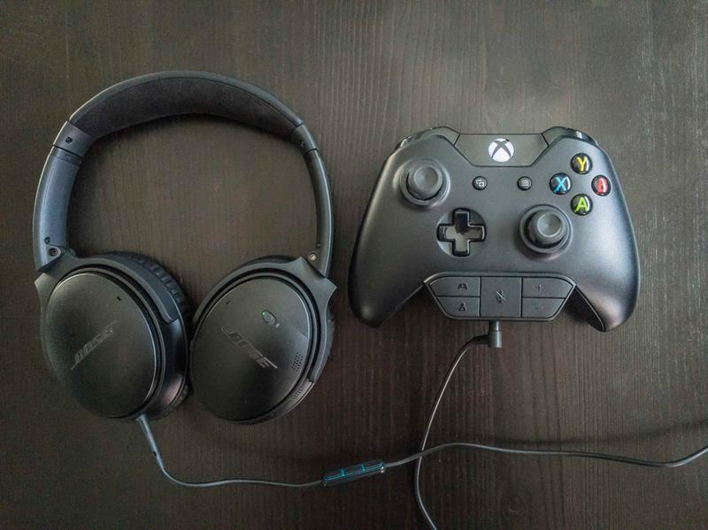 e7bd3ce3400 Xbox One controller with Bose QC35 headsets and QC25 Android/Samsung cable