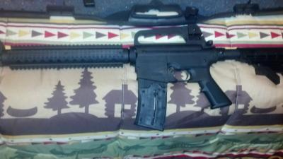 Mossberg 25 Round Magazine and Loading Cap for Mossberg