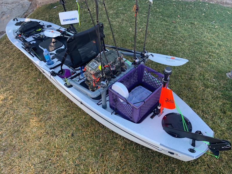 Ascend 128T Sit-on-Top White/Black Kayak
