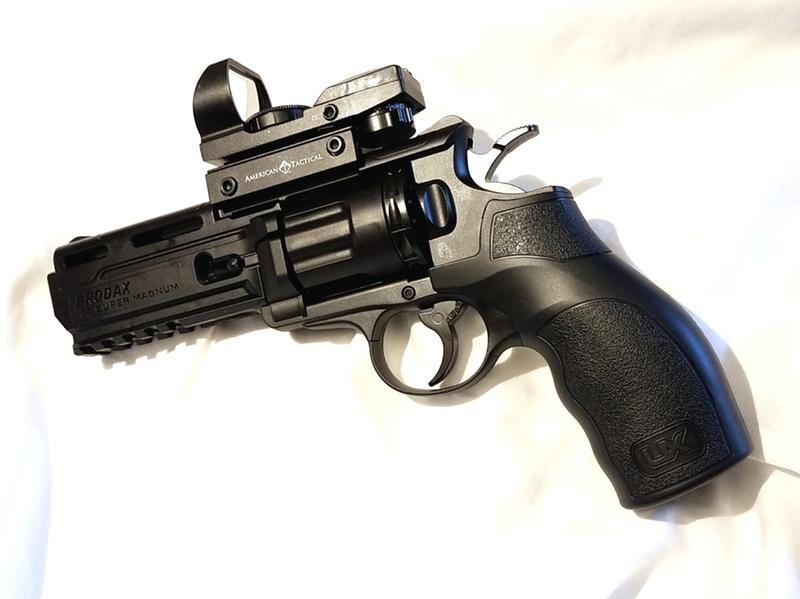 Umarex Brodax Tactical CO2 Revolver