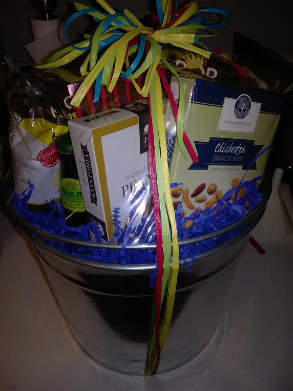 Microbrew beer bucket gift basket by gourmetgiftbaskets the actual package that my fiance received negle Images