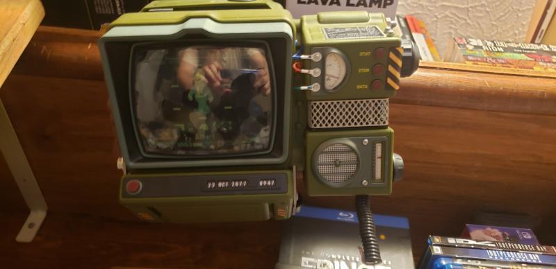 Fallout 76 Pip-Boy 2000 Mk VI Self-Assembly Construction Kit - Only at  GameStop