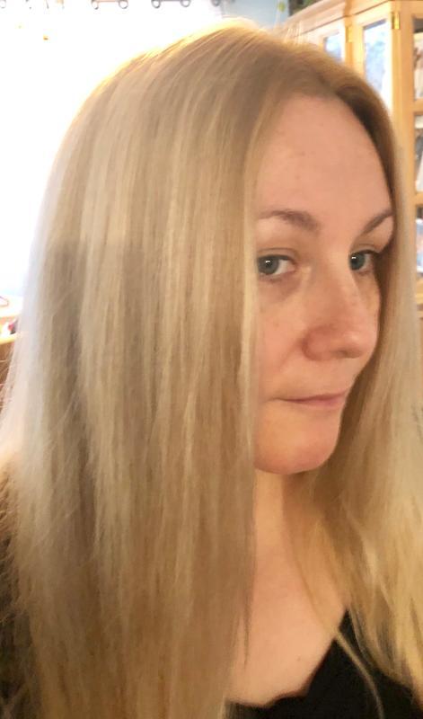 Olia 9 1 2 1 Lightest Ash Blonde
