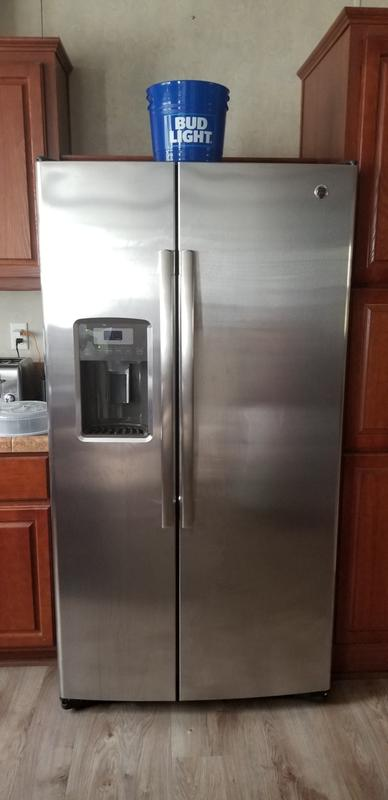 GE® 25 3 Cu  Ft  Side-By-Side Refrigerator | GSS25LSLSS | GE