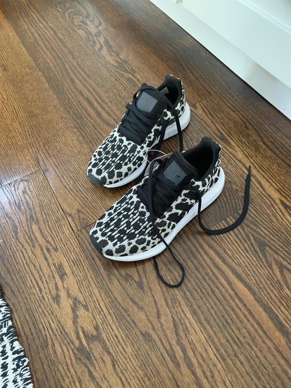 adidas Originals Women's Swift Run Shoes | Free Curbside ...