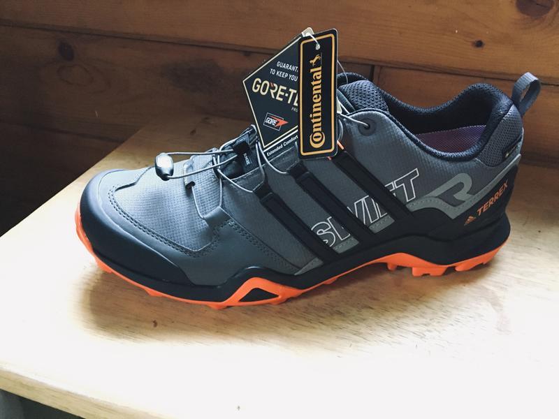 márketing versus Bocadillo  adidas Terrex Men's Swift R2 GTX Waterproof Hiking Shoes | DICK'S Sporting  Goods