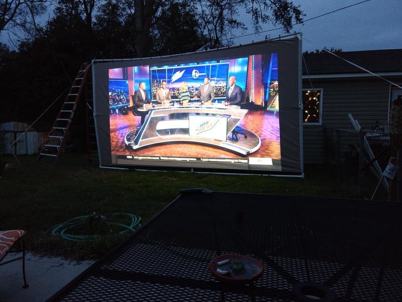 Home Cinema 1060 1080p 3LCD Projector | Home Cinema | Projectors