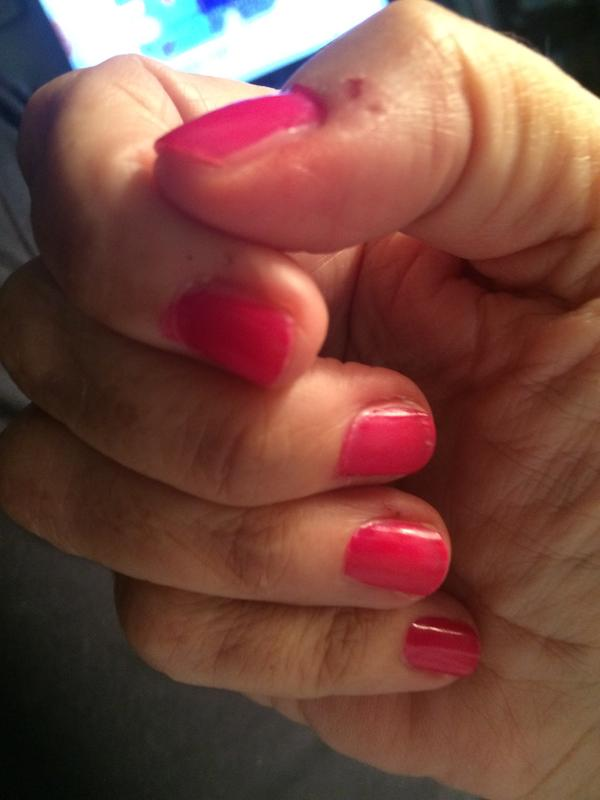 bachelorette bash - creamy fuchsia nail polish & nail color - essie