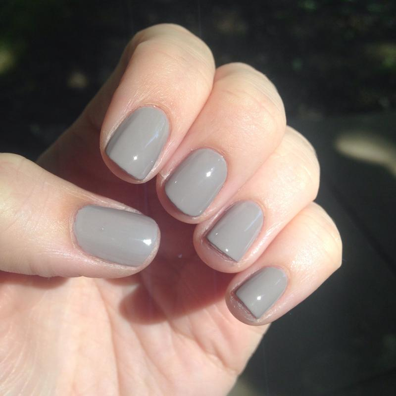 master plan - soft light gray nail polish & nail color - essie