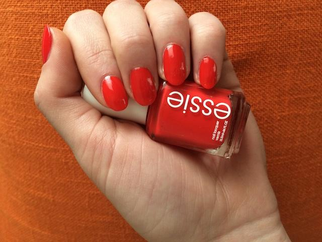 fifth avenue - creamy red-orange nail polish & nail color - essie