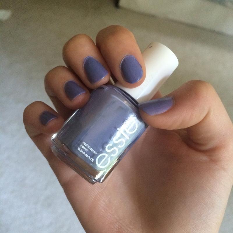 lapiz of luxury - light ocean blue nail polish & nail color - essie