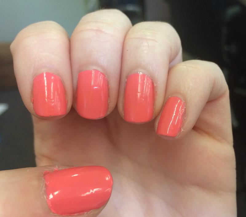 lounge lover - peachy pink nail polish, nail color & lacquer - essie
