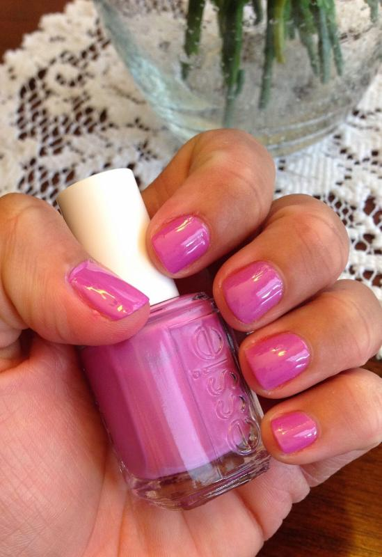 splash of grenadine - pink magenta nail polish & nail color - essie