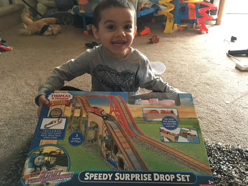 13b6e50c6508 Thomas & Friends Wooden Railway Speedy Surprise Drop Set | DFW96 | Fisher- Price