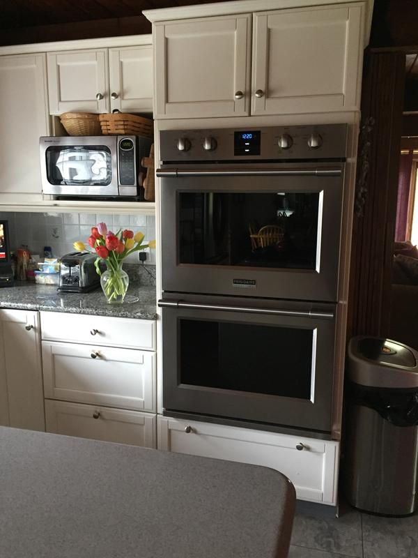 love my new frigidaire wall ovens