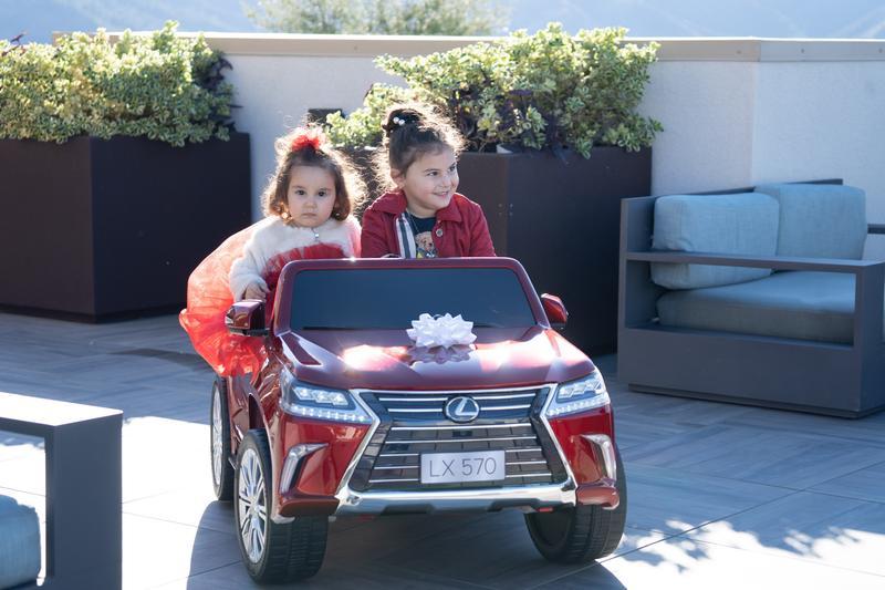 Lexus LX-570 Ride-on
