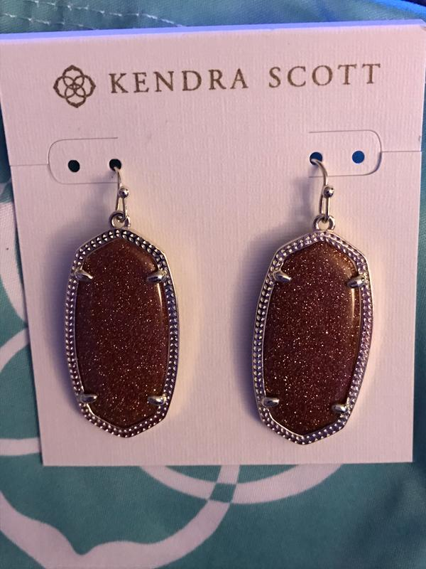 d2ffcd33b Elle Gold Drop Earrings Magenta Magnesite | Kendra Scott