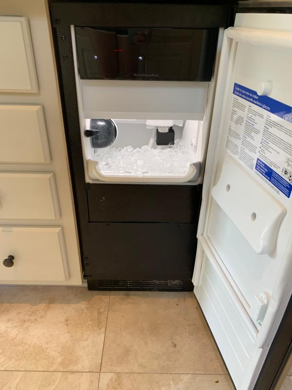 Ice Maker Product Details | KitchenAid on