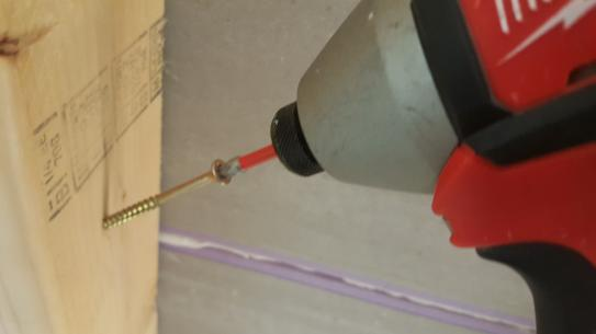 Easy screw starts with the Torq 25 head and bit