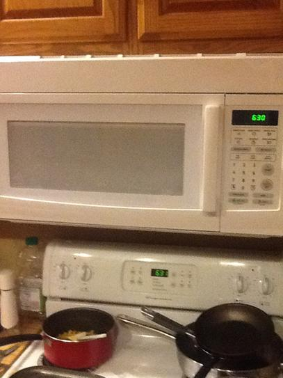 Magic Chef 1 6 cu  ft  Over the Range Microwave in Black