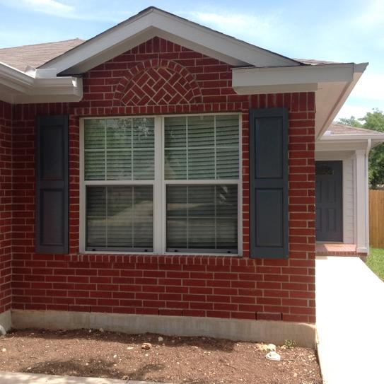 builders edge 15 in x 59 in raised panel vinyl exterior shutters