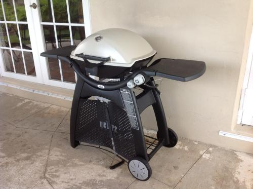 weber q 3200 2 burner propane gas grill in titanium with built in thermomter 57060001 at the. Black Bedroom Furniture Sets. Home Design Ideas