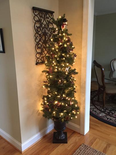 home accents holiday 65 ft greenland potted artificial christmas tree with 250 clear lights tv66p2534c00 at the home depot mobile